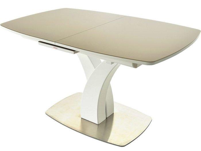 Обеденная группа из стола и четырех стульев цвета капучино