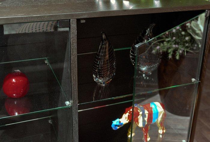 Шкаф с витриной Extera темно-коричневого цвета