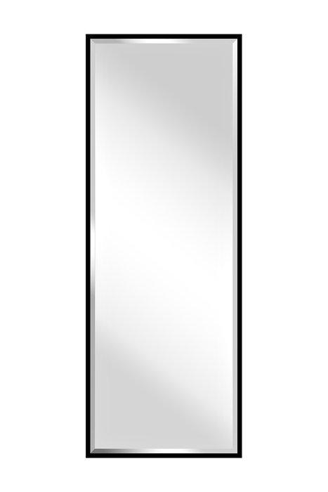 Настенное зеркало в раме черного цвета
