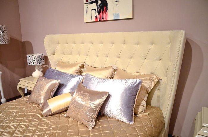 Кровать Mestre бежевого цвета 180х200