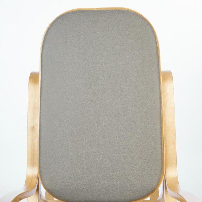 Кресло-качалка серо-бежевого цвета