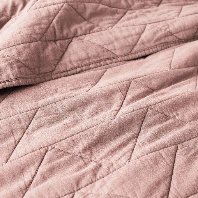 Покрывало Scenario стеганое розового цвета с зигзагообразной прострочкой 230x250