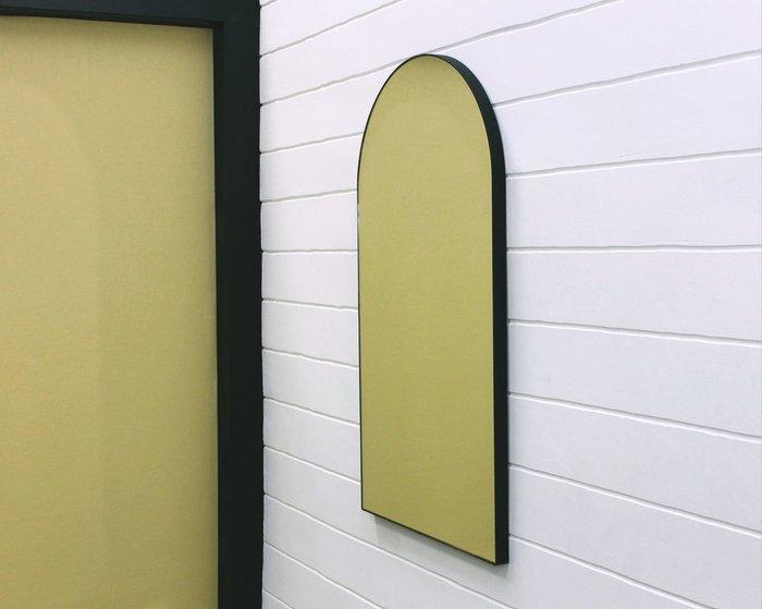 Арочное настенное зеркало Banska 45х80 в ремне из натуральной кожи