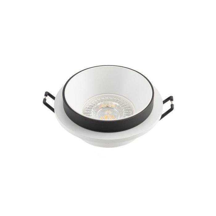 Точечный встраиваемый светильник черно-белого цвета