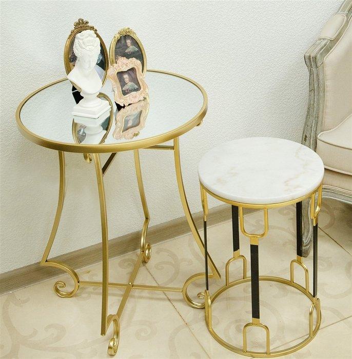 Cтолик кофейный с зеркальной столешницей