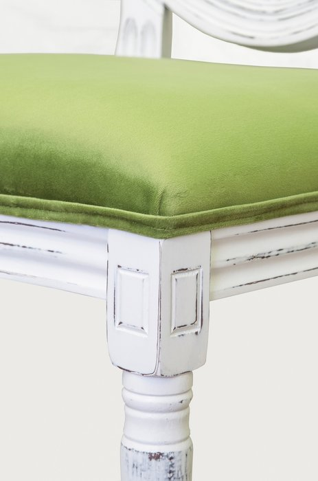 Стул Memos old green зеленого цвета