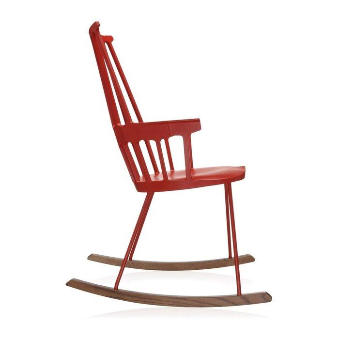 Кресло-качалка Comback красного цвета