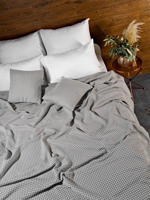 Трикотажное покрывало Attico grey 210х230 серого цвета