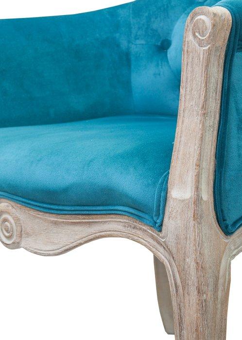 Низкое кресло Kandy blue velvet голубого цвета