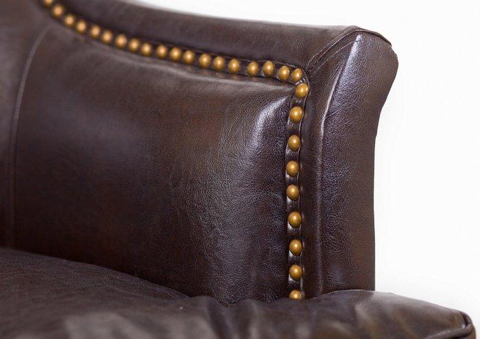 Дизайнерское кресло Chester brown коричневого цвета