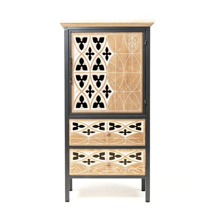 Шкаф коричневого цвета