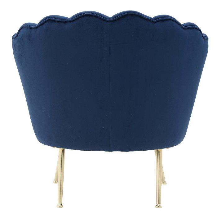 Кресло темно-синего цвета