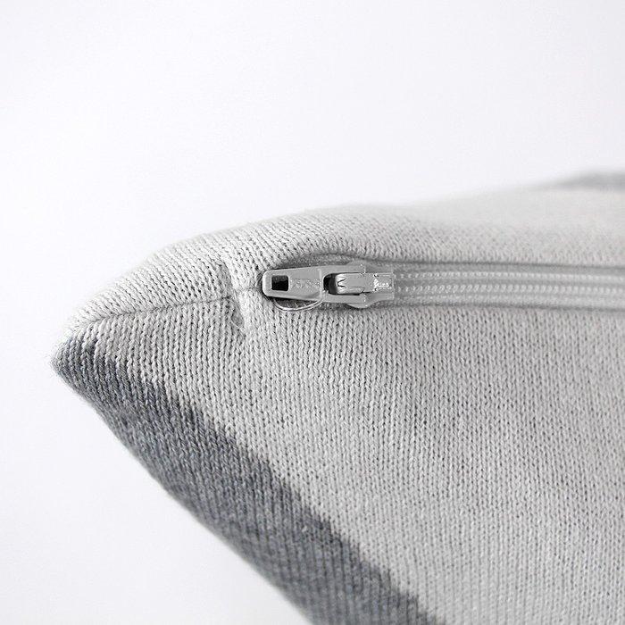 Подушка с орнаментом geometry из хлопка