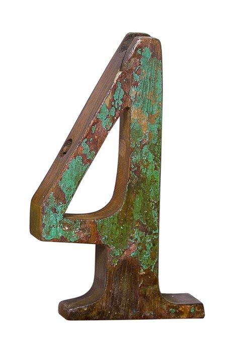 Декор Цифра 4 из фрагмента рыболовецкого судна