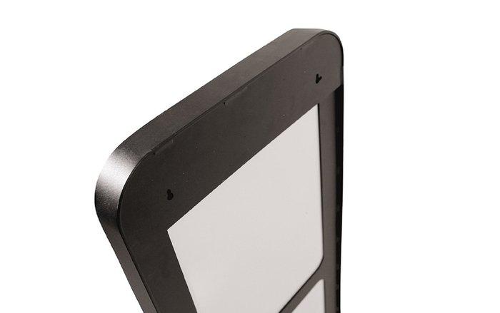 Настенное зеркало Кира 60х140 в раме черного цвета