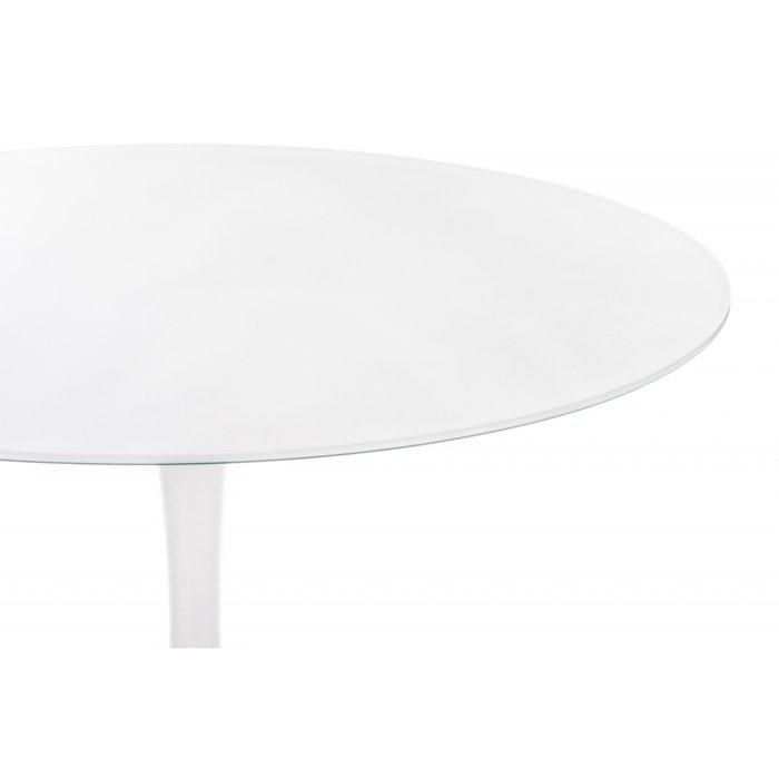 Стол в стиле Tulip с белой столешницей