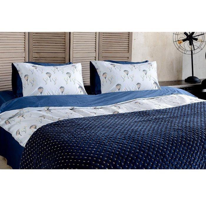 Пододеяльник двухсторонний из сатина темно-синего цвета с принтом Полевые цветы 200х200