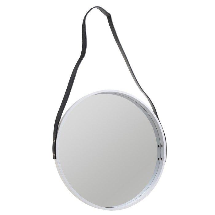 Зеркало настенное в деревянной раме