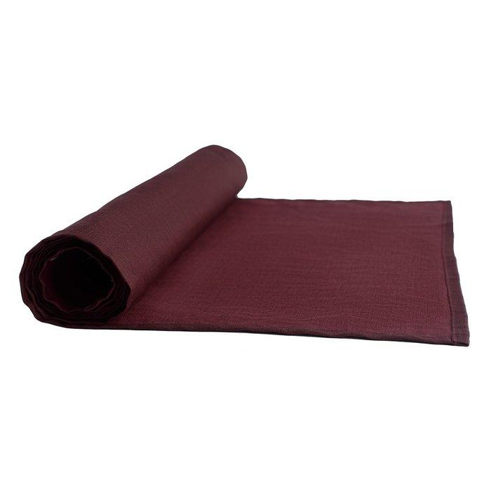 Дорожка на стол из умягченного льна с декоративной обработкой бордового цвета