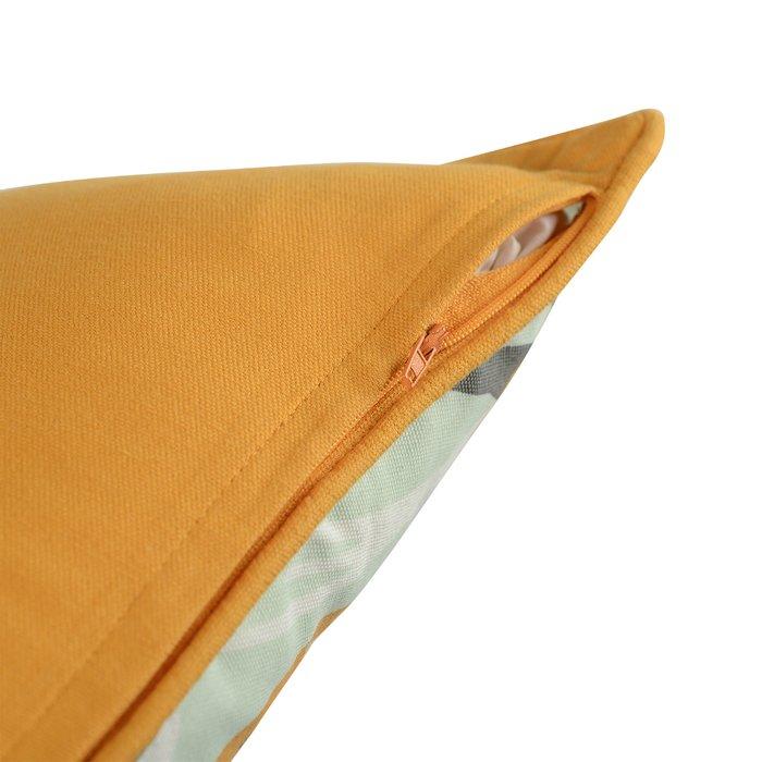 Чехол для подушки Wild мятного цвета с дизайнерским принтом Birds of Nile