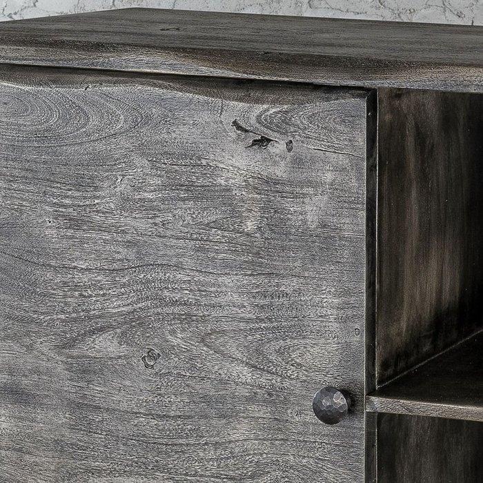 Шкаф из дерева серого цвета