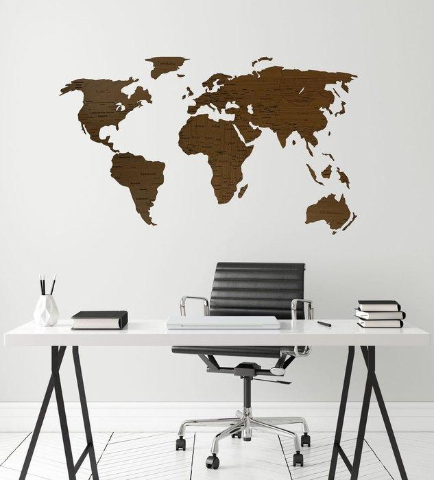 Деревянная карта мира Countries Rus с гравировкой цвета орех