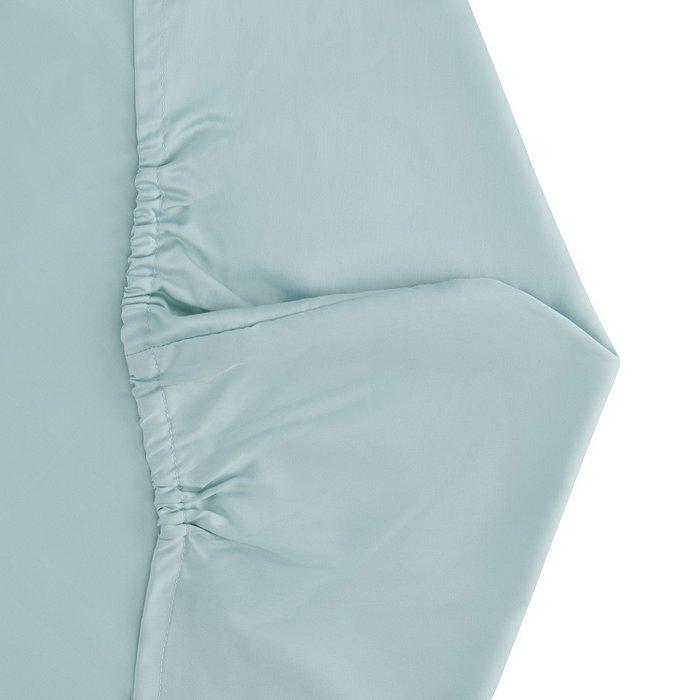 Простыня на резинке из сатина голубого цвета 90х200х28