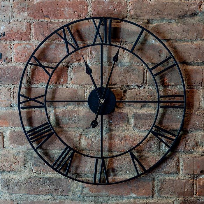 Часы настенные Огюст черного цвета