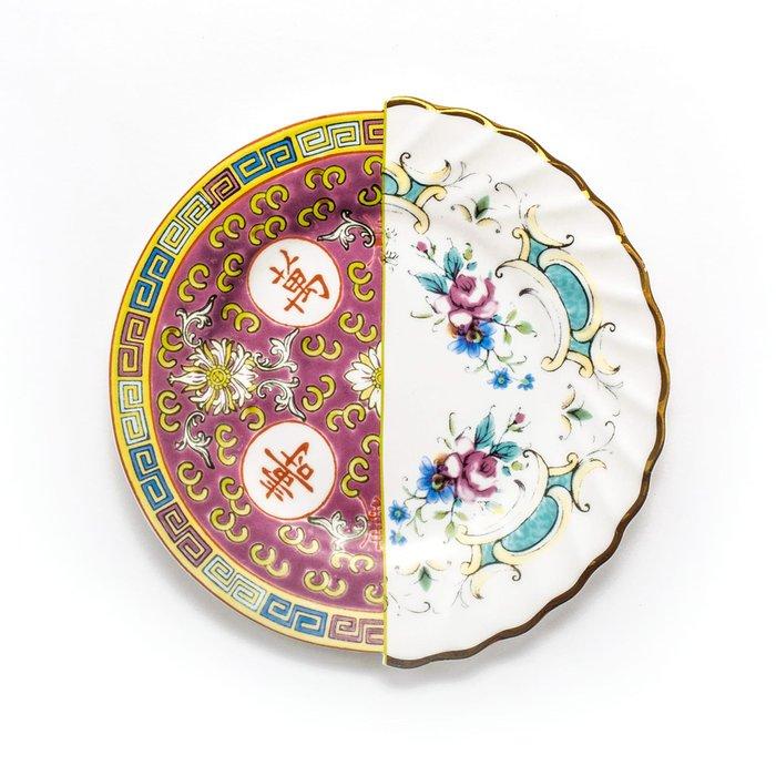 Тарелка Hybrid Seletti