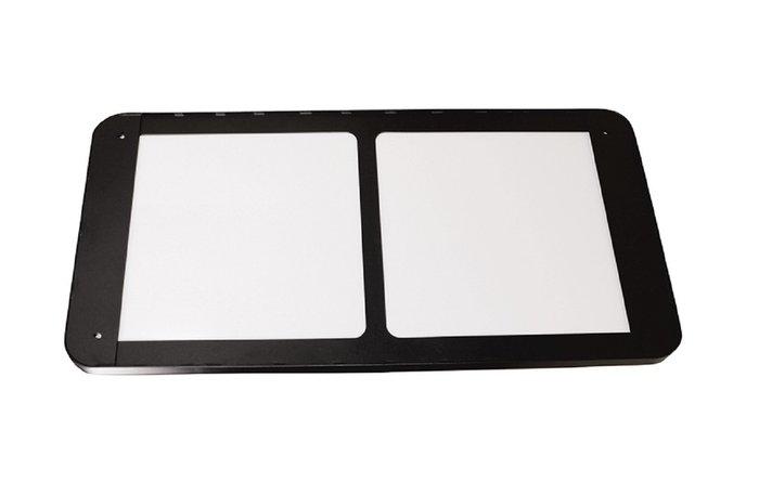 Настенное зеркало Кира 40х120 в раме черного цвета