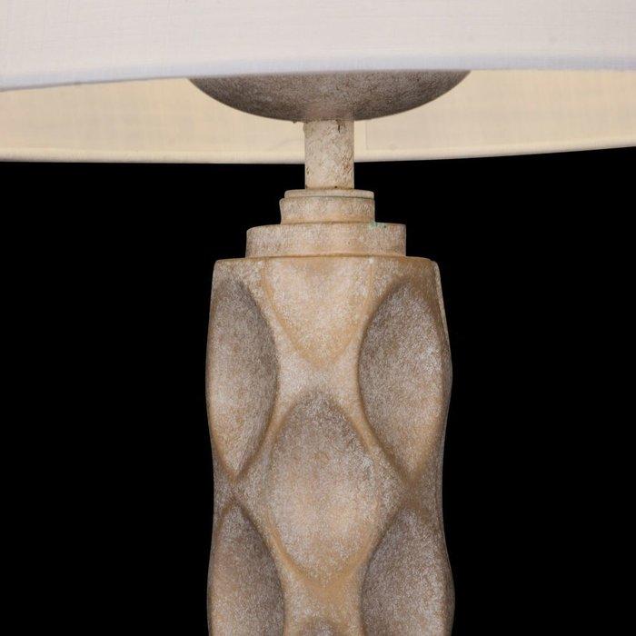 Настольная лампа Lamar с белым абажуром