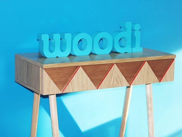 Консоль Woo Desk с узором бежевого цвета