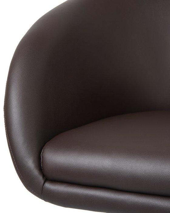 Офисное кресло для персонала Bobby коричневого цвета