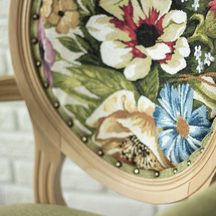 Кресло Лилия с каркасом из массива бука