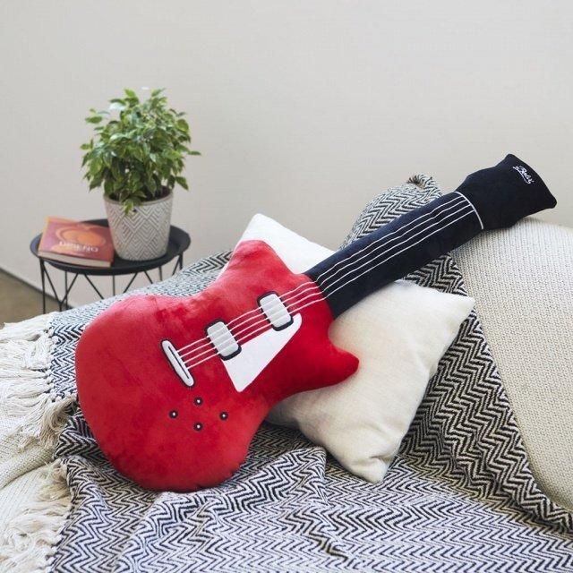 Подушка диванная Superstar красного цвета