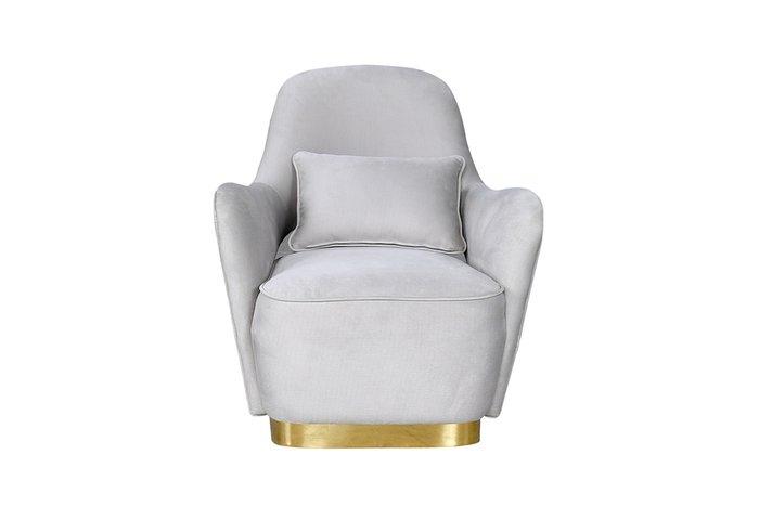 Кресло в обивке из велюра серо-кремового цвета