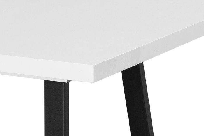 Стол Loft черно-белого цвета