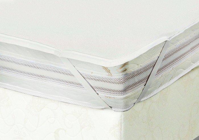Наматрасник влагонепроницаемый на резинках 140x190 из трикотажа