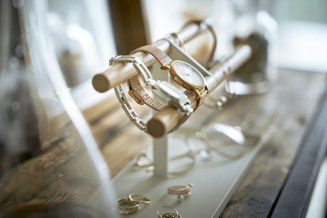 Органайзер для часов и аксессуаров Tosca белого цвета