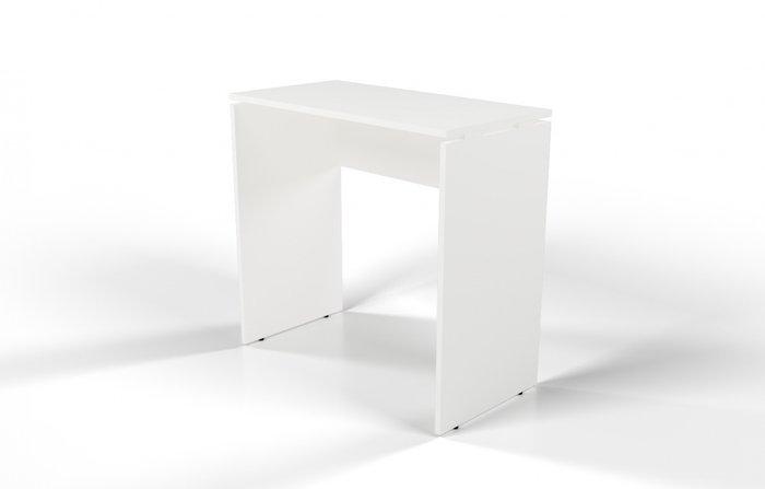 Стол барный белого цвета