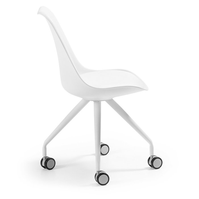 Кресло на колесиках Lars белого цвета