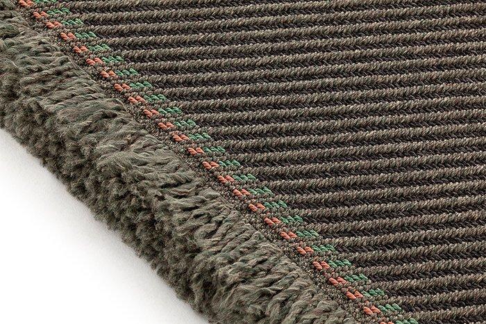 Большая подушка Diagonal aloe-grey серо-зеленого цвета