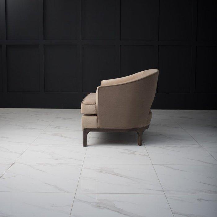 Кресло Lounge коричневого цвета