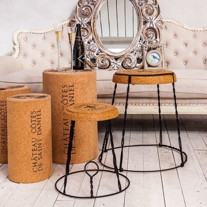 Стол Champagne France со столешницей из натуральной пробки