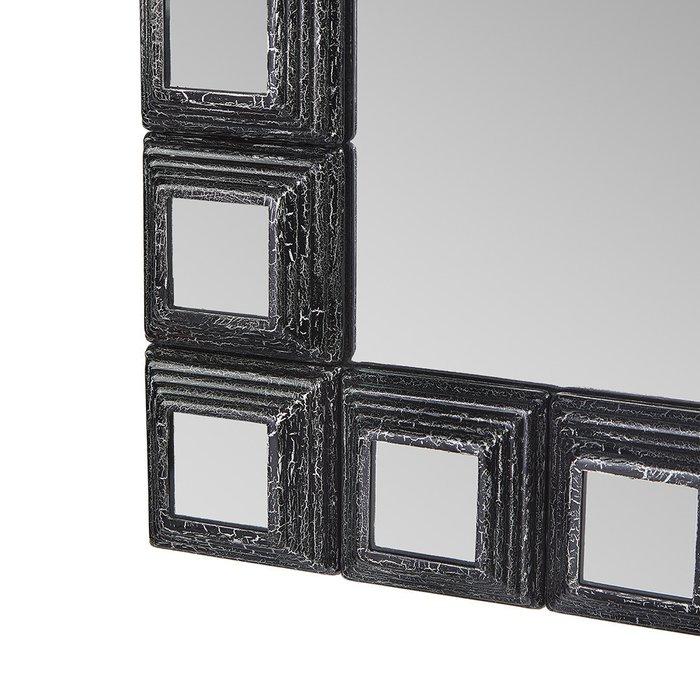 Зеркало настенное Пирамида I в черно-серебряной раме