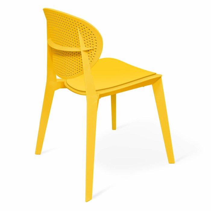 Стул Manfred желтого цвета