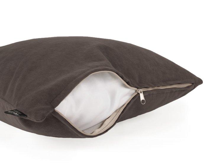 Декоративная подушка Ultra bitter серо-коричневого цвета