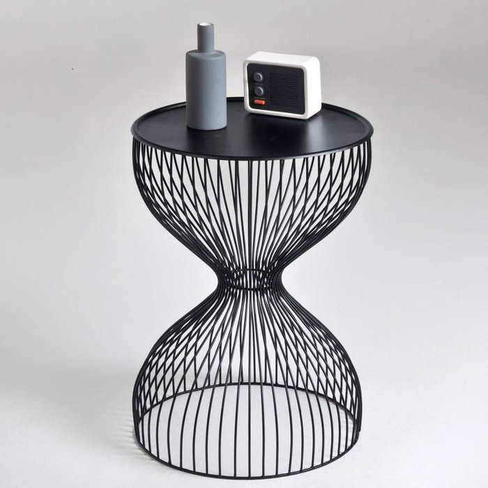 Прикроватный столик из проволоки Janik черного цвета