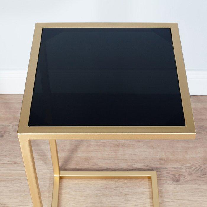 Журнальный столик с черной столешницей