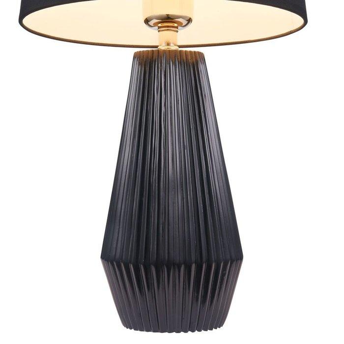 Настольная лампа Calvin Table черного цвета